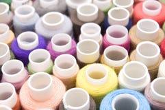 Threads für nähende Farbe stockfoto