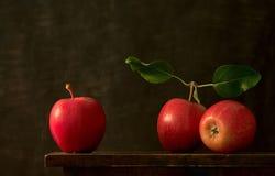Free Three Apples Royalty Free Stock Image - 673836