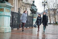Three girls having fun together in Paris Royalty Free Stock Photos