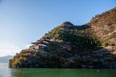 Three Gorges della gola Chijia rosso Chijia Lou del fiume Chang Jiang Qutang Fotografie Stock Libere da Diritti