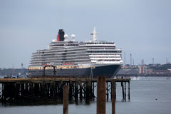 Three Queens Event 4. SOUTHAMPTON, UK - 5 JUNE: Cunard ship Queen Victoria sails in to meet Queen Elizabeth & Queen Mary 2 in the port of Southampton for the Stock Photography