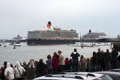 Three Queens Event 6. SOUTHAMPTON, UK - 5 JUNE: Cunard ships Queen Elizabeth, Queen Mary 2& Queen Victoria meet in the port of Southampton for the first time to Stock Image
