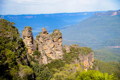 Three sisters in Blue mountain Australia2 Royalty Free Stock Photography