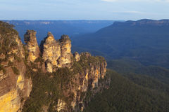Three Sisters, Blue Mountains, Australia at sunset Royalty Free Stock Photos
