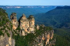 Three Sisters rock formation in the Blue Mountains of NSW, Australia. Three Sisters natural rock formation in the Jamison Valley area of the Blue Mountains in Stock Photography