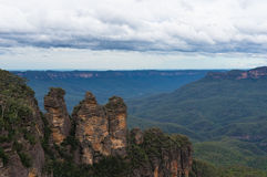 Three Sisters rock formation viewed from Echo Point lookout Royalty Free Stock Images