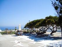 Threes i Oia Santorini, Grekland Royaltyfri Foto