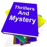 Thrillers et genre d'expositions de pile de livre de mystère Photos stock