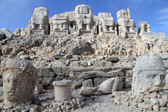 Throneb and heads. Throne and stone heads on the Nemrud Dagi in Turkey Royalty Free Stock Photo
