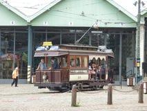 Thuin - 11. Juni: Alte Erbstraßenbahnstraßenbahn vor Tram-Museum in Brüssel Foto am 11. Juni 2017 gemacht, Brüssel Stockfotografie