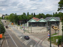 Thuin - Juni 11: Gammal arvspårvagnspårväg framme av spårvagnmuseet i Bryssel Foto som tas på Juni 11, 2017, Bryssel Royaltyfria Bilder