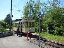Thuin - 11 Juni: Het oude tramspoor van de erfenistram voor Trammuseum in Brussel Foto op 11 Juni, 2017, Brussel wordt genomen da Stock Afbeeldingen