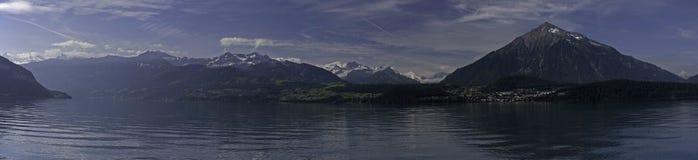 thun панорамы озера alps bernese Стоковое фото RF