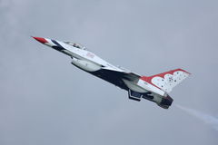 Thunderbird F-16 side view Stock Images