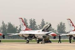 Thunderbirds (Πολεμική Αεροπορία των Η.Π.Α.) Στοκ Φωτογραφίες