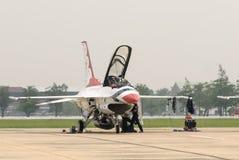 Thunderbirds (Πολεμική Αεροπορία των Η.Π.Α.) Στοκ φωτογραφίες με δικαίωμα ελεύθερης χρήσης