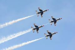 Thunderbirds dell'aeronautica di Stati Uniti Immagine Stock