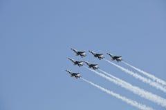 thunderbirds för skvadron för luftdemonstrationskraft oss Royaltyfri Foto