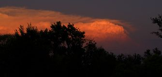 Thunderhead au coucher du soleil Image libre de droits