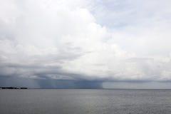 Thunderstorm på horisonten Royaltyfri Fotografi