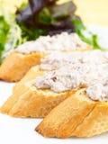 Thunfisch Buschetta Stockfoto