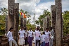 Thuparama Dagoba佛教寺庙在阿努拉德普勒 免版税库存照片