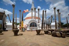 Thuparama Dagoba, Anuradhapura 免版税库存照片