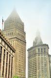Thurgood Marshall United States Courthouse och Manhattan kommunal byggnad i New York City Royaltyfria Bilder