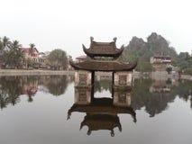 Thuy dinh || Zij Pagode (de pagode van de Leraar) royalty-vrije stock foto's