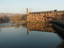 Thwaite磨房 历史的水车在利兹英国 免版税库存照片