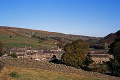 Thwaite, Yorkshire Dales, England. View of the village and surrounding countryside, Thwaite, Yorkshire Dales, North Yorkshire, England, UK, Great Britain Stock Photos