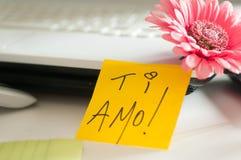 ¡Ti Amo de la nota del amor! Foto de archivo libre de regalías