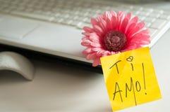 ¡Ti Amo de la nota del amor! Imagen de archivo libre de regalías
