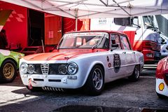TI de Romeo Giulia d'alpha superbe dans le salon automobile montjuic de circuit de Barcelone d'esprit photos stock