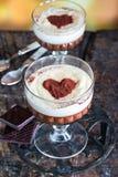 Tia Μαρία και επιδόρπιο κρεμών σοκολάτας στοκ φωτογραφία με δικαίωμα ελεύθερης χρήσης