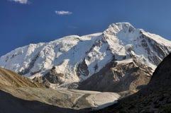 Tian-Shan em Quirguizistão Imagens de Stock