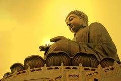 Tian Tan Βούδας ή γιγαντιαίο άγαλμα του Βούδα Po Lin στο μοναστήρι Στοκ εικόνα με δικαίωμα ελεύθερης χρήσης