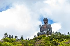 Tian Tan Buddha, Budda grande, Tian Tan Buddha enorme em Po Lin Monastery em Hong Kong fotografia de stock royalty free