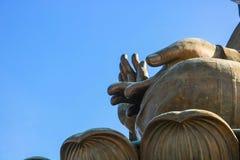 Tian Tan Buddha em Po Lin Monastery em Hong Kong imagens de stock