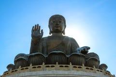 Tian Tan Buddha em Po Lin Monastery em Hong Kong imagem de stock royalty free
