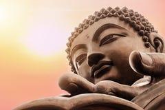Tian Tan Buddha em Po Lin Monastery, ilha de Lantau em Hong Kong fotos de stock