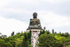 Tian Tan Buddha (sibilo 360 de Ngong) Imagem de Stock Royalty Free
