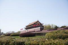 Tiananmen-Platz, Tor des himmlischen Friedens mit Maos Porträt, Peking, China. Stockfotografie