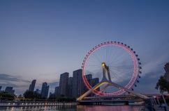 Tianjin-Stadt-Landschaft-Tianjin-Augen-Riesenrad Stockbild