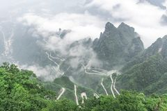 Tianmen berg Zhangjiajie, Kina Royaltyfri Foto