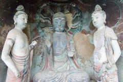 TIANSHUI, CHINA - 12 DE OCTUBRE DE 2014: Estatuas de Buda en Maijishan Natio imágenes de archivo libres de regalías