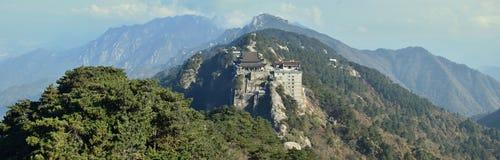 Tiantai TempleÂs Daxiong Baodian, skatt Hall av den stora hjälten, på monteringen Jiuhua, nio härliga berg Arkivbild
