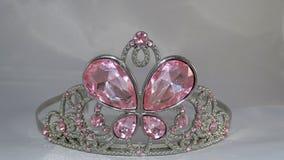 Tiara met roze gemmen stock afbeeldingen