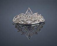 Tiara oder Diadem mit Reflexion stockfoto