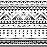 Tibal无缝的样式,白色阿兹台克prin黑色 库存照片